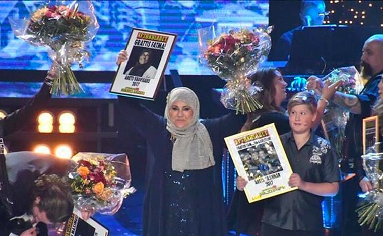 A large, televised gala is held each year to celebrate the winners of the Swedish Heroes campaign.