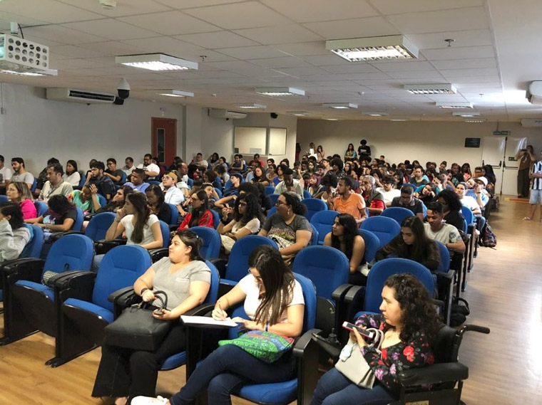 A free seminar introduced students to the Correio of the Future initiative.