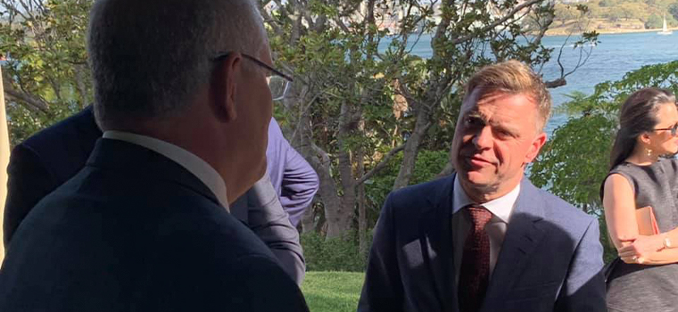 Aftenposten Editor-in-Chief and CEO Espen Egil Hansen discusses the future of journalism with Australian Prime Minister Scott Morrison at his Sydney residence, Kirribilli House.