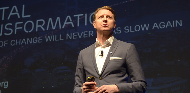 Hans Vestburg, CEO of Ericsson, wowed INMA World Congress delegates with the promised speed of 5G.