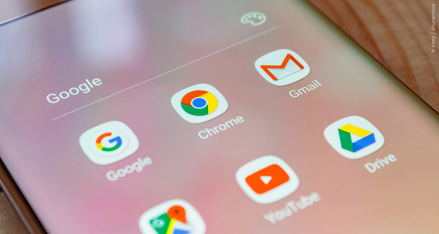 Google blocks irritating ads